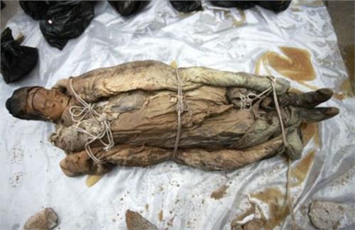 关羽墓出土后的照片 关羽墓中两具女尸 关羽墓出土了吗