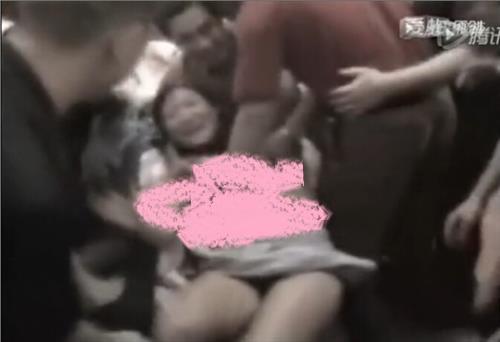 【闹洞房伴娘被脱视频】农村闹洞房伴娘被脱光图事件分析