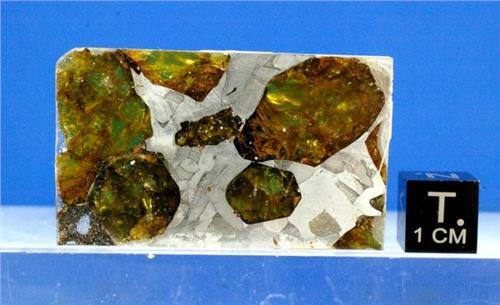 石陨石图片 橄榄石石铁陨石相关图片|真品图片|图片鉴定