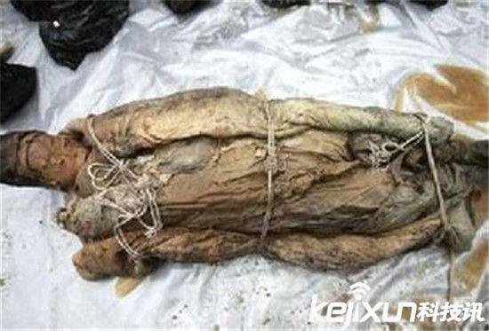 关羽墓女尸 关羽墓中两具女尸 那两具女尸的身份是谁?