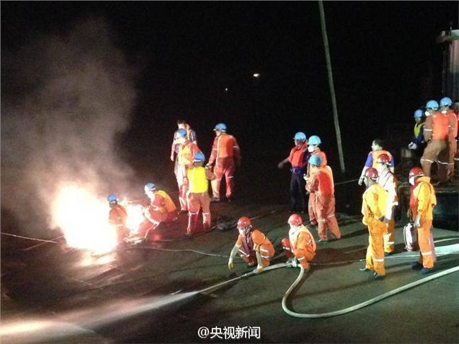 长江沉船事故直播 东方之星整体出水救援现场直播 长江沉船事故最新消息还有生还者吗