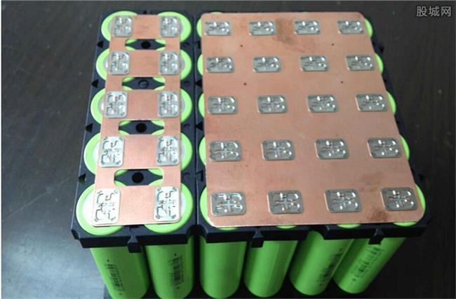 春兰股份锂电池 锂电池板块股票大涨 锂电池概念股有哪些