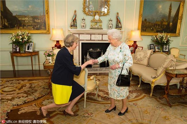英国首相英文 英国两个新首相?特蕾莎·梅 & 文翠珊 傻傻分不清楚 真相竟然是