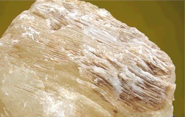 冰洲石用途 冰洲石适用在什么地方